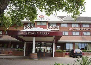Hotel Reading, Caversham Bridge Richfield Avenue, Hotel Crowne Plaza Reading****
