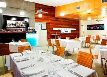 Hotel Cooloolabin, Cnr Mooloolaba Esplanade & Venning St, Outrigger