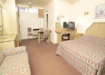 Hotel Murrumbeena, 138 BARKERS ROAD, HAWTHORN, VICTORIA 3122, AUSTRALIA, California