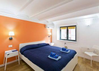 Studio apartment Palermo, Via Maletto, Studio apartment for rent