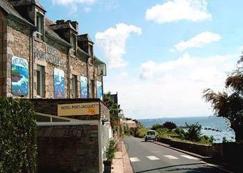 Hotel Saint-Cast-le-Guildo, 32 Rue Du Port, Hotel Port-Jacquet**