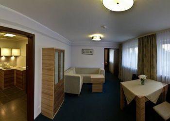 Franciszkańska 8, 41-800 Zabrze, Hotel Alpex **