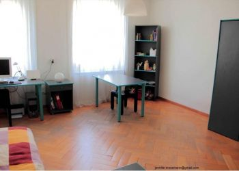 House Neuchâtel / Neuenburg Centre, Jennifer: I have a room