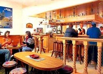 Dorfstrasse 14, 3862 Innertkirchen, Hotel-restaurant Alpina