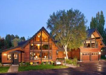 Hotel Whitefish, 537 Wisconsin Ave, Good Medicine Lodge