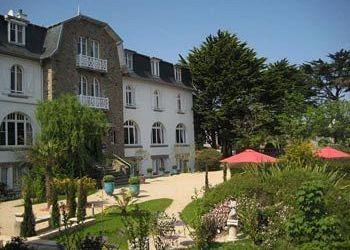20 Rue Des Calculots, 22730 Trégastel, Hotel Park Bellevue***