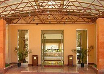 Hotel Yerevan, Norki Ayginer str. 235-1, Hotel Regineh***