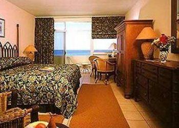 Hotel North Shore Village, 55 White Sands Road,, Grape Bay Beach Hotel