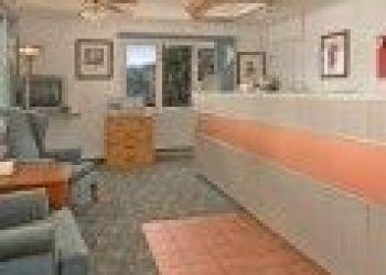 Hotel Denison, 502 Boyer Valley Rd, Super 8 Denison 2*