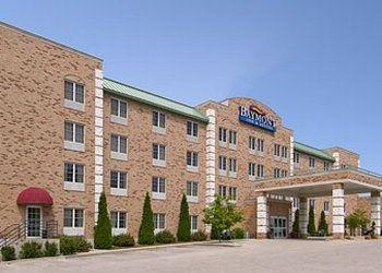 1415 Port Washington Rd, Grafton, Baymont Inn & Suites Grafton