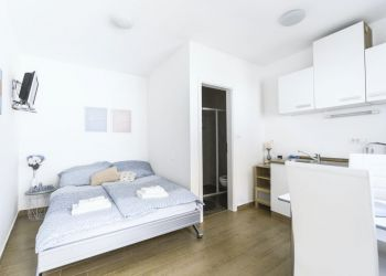 Studio apartment Ljubljana, Krakovska ulica, Studio apartment for rent