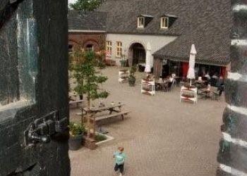 Hotel Aarle-Rixtel, Kloosterdreef 8, Herberg De Brabantse Kluis