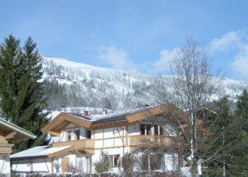 Ferienhaus Brixen im Thale, Schwimmbadweg 19, Das Ferienhaus am Badesee/Fam. Strobl