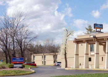 Hotel Cincinnati, 400 Glensprings Dr, Hotel Howard Johnson Inn North Cincinnati, OH