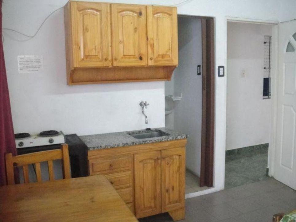 Eduardo: Tengo piso compartido, 1686 Gran Buenos Aires Zona Oeste