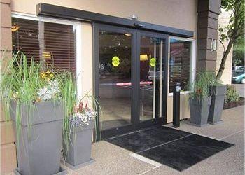 Hotel Charbonneau, 29769 SW Boones Ferry Road, Best Western Wilsonville Inn &