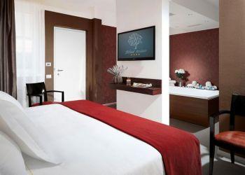 St. Sempione Loc Verbanella, 28053 Villaggi, Hotel Blue Relais****