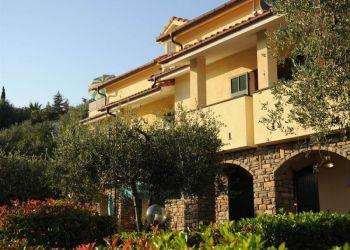 Apartment Imperia, Strada Colla 123, Apartment Villa Giada Holiday Club*****