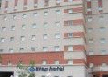 37 Quai du Président Paul Doumer, 92400 Courbevoie, Hotel - Ile-de-France