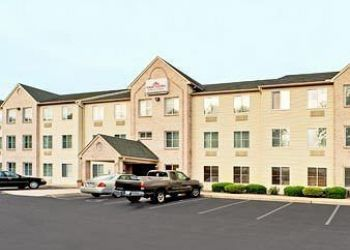 Hotel Lancaster, 2045 Lincoln Hwy E, Aparthotel Hawthorn Suites by Wyndham Lancaster, PA**