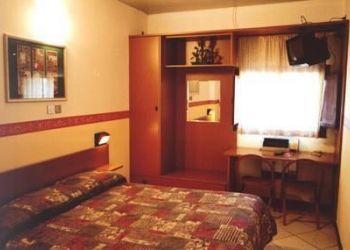 Via Marcurischio,1, 6055 Marsciano, Hotel Oasi Villaggio