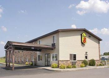 4901 E 2nd St,, 54880-4303 Superior, Hotel Super 8 Superior, WI**