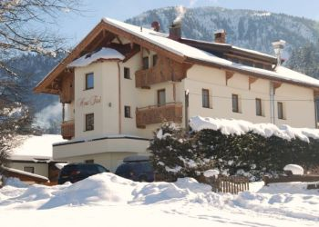 Pension Brixen im Thale, Badhausweg 19, Haus Tirol