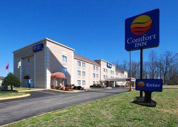 Hotel Jay, 1078 Vermont Rte 242, Jay Village Inn