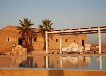 Hotel Marsala, Contrada Florio 1,, Hotel Relais Baglio Donna Franca****