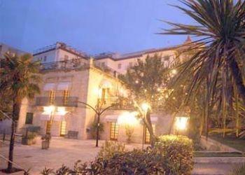 Hotel Ostuni, VIA TARANTO N.68 74015, MARTINA FRANCA (TA), ITALY, Dell'erba