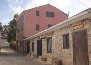 C/ Alfonso VIII nº 1, Buenache de la Sierra, Apartamentos Fuente del Gamellon