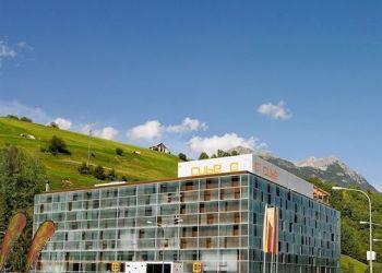 Hotel Savognin, Veia Sandeilas 12, Hotel Cube***