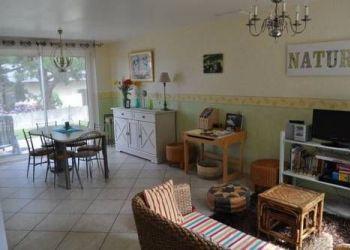 Ave de la Cote d`Emeraude (port-mer) 12, 35260 Cancale, Holiday Home Baie D Emeraudela Mouette...