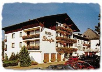 Hotel St. Georgen im Attergau, Wildenhagerstrasse 7, Amade Hotel Staufer