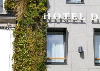 9 Avenue De La Gare, 29900 Concarneau, Hotel De France et d'Europe**