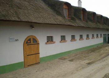 Wohnung Tiszaladány, Szilaj Lovas Panzió