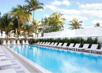 2445 Collins Ave, 33140 Miami Beach, Hotel Traymore**