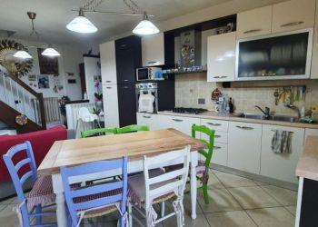 Appartamento 3 camere ALTOPASCIO, 046001, Appartamento 3 camere in vendita