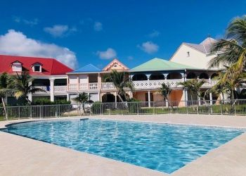 2 bedroom apartment St martin, 2 bedroom apartment for rent