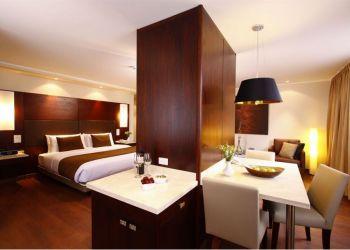 Hotel Quito, Av. Amazonas N23-44 y Veintimilla, Hotel Reina Isabel****
