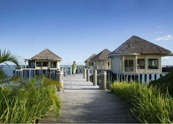 Hotel Siumu, Maninoa Village,, Hotel Coconuts Beach Club