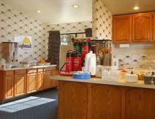 724 N. Bisbee Avenue, 85643 Willcox, Days Inn Willcox - ID3