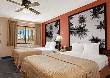 1575 Ocotillo Drive, 92243 El Centro, Hotel Howard Johnson Inn El Centro**