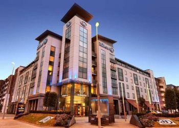 Hotel Dublin, Northern Cross,, Hotel Hilton Dublin Airport****