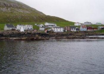 Acomodação privativa Akrar, Niðarivegur 12, Summarhús á Økrum