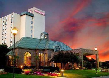 Hotel Wakefield, 1 Audubon Road, Hotel Sheraton Colonial Boston North***