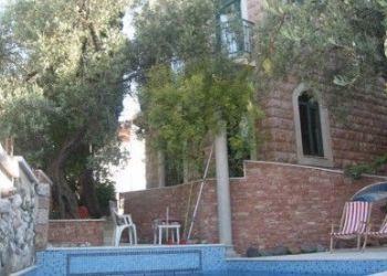 Sveti Stefan, Levantin Sobe i Apartmani