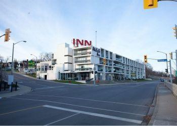 Hotel Niagara Falls, 5599 River Road, Hotel Aston Michael's Inn By The Falls***
