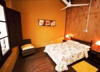 Hotel Asunción, Eligio Ayala 129, Black Cat Hostel