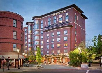 Hotel Brookline, 40 Webster St, Hotel Courtyard By Marriott Brookline***